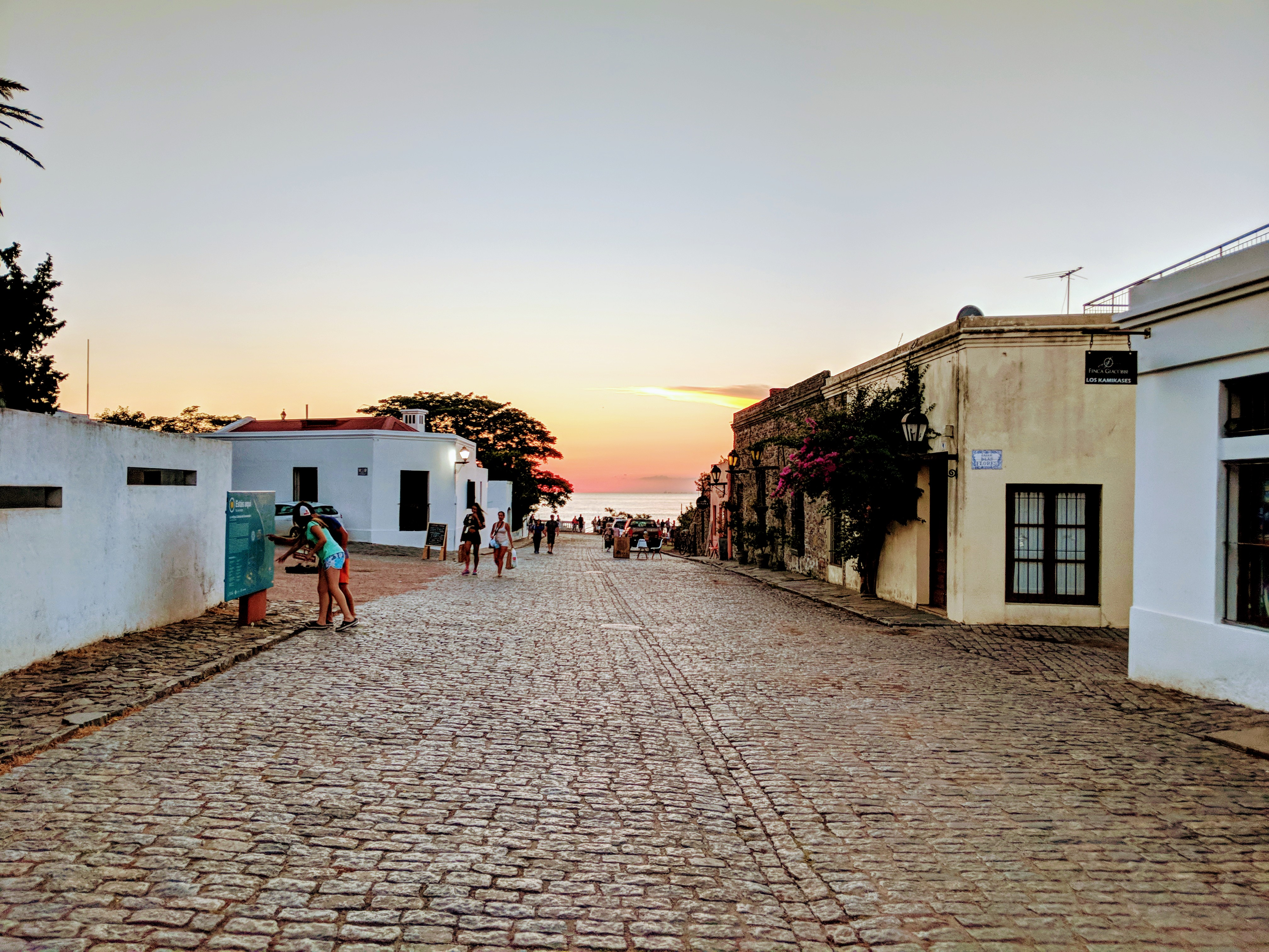 This one time, in Colonia    - To Read & Wander